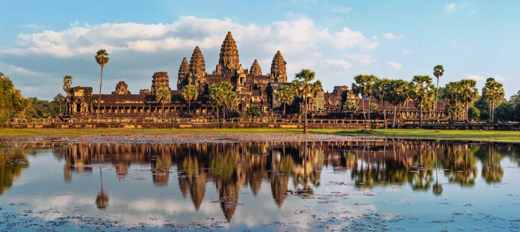 Angkor-Wat-Siem-Reap-Cambodia-©-Lakhesis-Dreamstime1.jpg